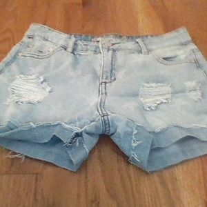 Tractr jean shorts
